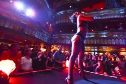 Michelle L'Amour, artista internazionale di show burlesque a Maison Milano